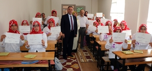 Nevşehir'de engelli öğrenciler Kur'an-ı Kerim öğrenme sevinci yaşadı Engelli öğrenciler Kur'an öğrenmenin sevincini yaşadı