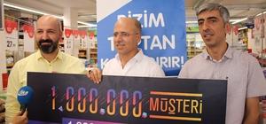 Bizim Toptan Satış Mağazaları'nın 1 milyonuncu şanslı müşterisi Midyat'tan