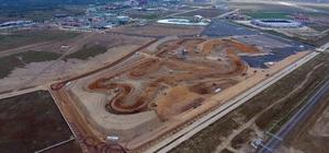 Afyonkarahisar'dan turizm atağı İkiyüz ellibin metrekarelik motorsporları merkezi, fuar ve eğlence sektörüne de hizmet verecek
