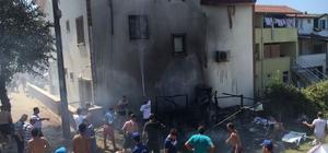 Kamp çadırında çıkan yangın, paniğe neden oldu Bina ve araçlara sıçrayan yangın itfaiye tarafından söndürüldü