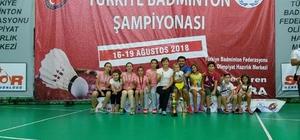 Badminton'da Türkiye Şampiyonu Oldular