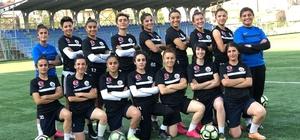 Hakkarigücü Spor Kadın Futbol takımı sena hazırlanıyor
