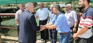 Başkan Öztürk Kurban Pazarını ziyaret etti