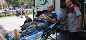 Konya'da acemi kasaplar iş başında Konya'da Kurban Bayramı'nın ilk günü kurban kesmek isterken kendini yaralayan acemi kasaplar hastanelerin acil servislerine koştu