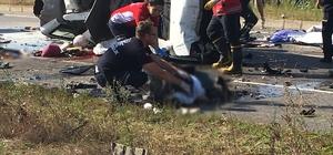 Sakarya'da trafik kazası: 8 ölü Kontrolden çıkan otomobil motosikletli grubun arasına daldı