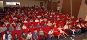 Talas'ta kırsal mahallelerdeki çocukların tiyatro heyecanı