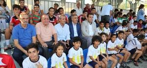 PTT Evleri Mahallesi şampiyon oldu Yüreğir Belediyesi mahallelerarası futbol turnuvası sona erdi