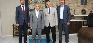 İsmail Tamer'den Başkan Esat Öztürk'e ziyaret