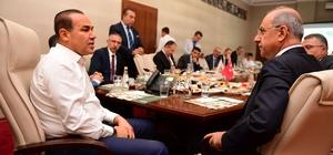 """""""Adana Ray"""" geliyor Büyükşehir Belediyesi ve TCDD işbirliğiyle 'Adana Ray' doğuyor"""
