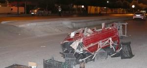 Kontrolden çıkan otomobil elektrikli bisiklete çarptı: 1 yaralı