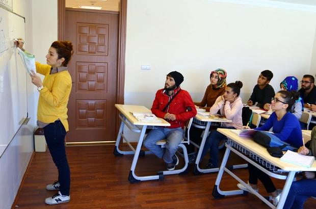Yüzlerce öğrenci üniversiteli oldu ile ilgili görsel sonucu