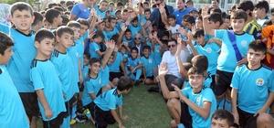 7 bin çocuğa ücretsiz futbol eğitimi