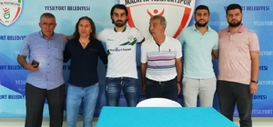 Malatya Yeşilyurt Belediyespor'da toplu imza töreni