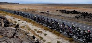 Bisikletçiler, Nevşehir'den Erciyes'e 131 kilometre pedal bastı Uluslararası Kapadokya Bisiklet Turu'nun 2. Etabı Erciyes'te tamamlandı