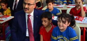 """Adana'da 500 bin öğrenci okula döndü Valisi Mahmut Demirtaş: """"Tekli eğitime geçme hedefini Adana'da da yakın zamanda hayata geçireceğimize inanıyorum"""""""