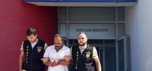 4 kişiyi ağır yaralayan 3 kişiye 50 yıl 6 ay 15 gün hapis cezası Adana'da 13 yıl önce Kozan Çarşısını basıp 4 kişiyi ağır yaraladıkları için toplamda 50 yıl 6 ay 15 gün hapis cezası alan 3 kişi polis tarafından yakalandı