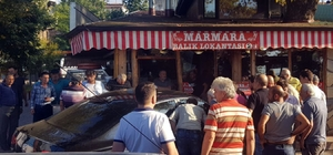 Kontrolden çıkan otomobil restorana girdi: 1 yaralı