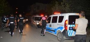 10 yaşındaki çocuktan pompalı tüfekle saldırı: 1 ağır yaralı Adana'da 10 yaşındaki çocuk motosikletiyle seyir halinde olan bir kişiyi silahlı saldırı düzenlendi
