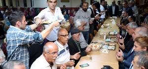Başkan Karaosmanoğlu, Çayırova Abdal Musa Cem Evi'nde, Muharrem ayı orucu açtı