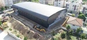 Ortaokula yapılan spot salonu inşaatı devam ediyor