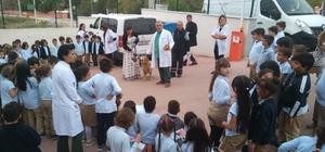 Darıca'da ilkokul öğrencilerine sokak hayvanları hakkında bilgi verildi