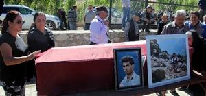"""Alp Dağları'nda cesedi 26 yıl sonra bulunan dağcı defnedildi Baba Yusuf Tarım: """"26 yıl boyunca evlat acısı çektim"""" Anne Leyla Tarım: """"Oğlum dağları delmiş"""""""