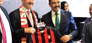 Genel Başkan Yardımcısı ve AR-GE Başkanı Hamza Dağ Uşak'ta