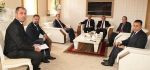 PTT Genel Müdür Yardımcısı Canpolat'tan Rektör Coşkun'a ziyaret