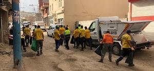 Cizre'de belediye ekiplerinden hummalı temizlik çalışması