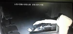 Kiralık araçla hırsızlık yaptılar Aile hekimliğinden hırsızlık anı kamerada