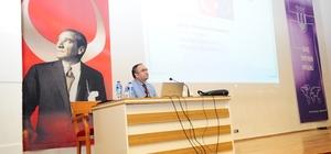 """Üniversitede """"Uygulamalı AB Projeleri Yazma Eğitimi"""" konferansı"""