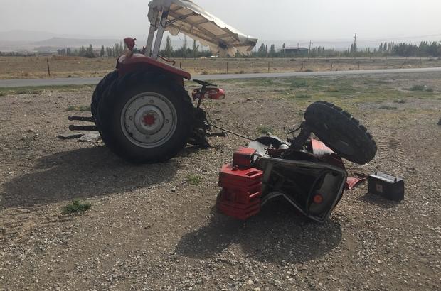 Traktörün ikiye bölündüğü kazada sürücü ağır yaralandı