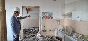 Ürkmezer devam eden restorasyon çalışmalarını inceledi