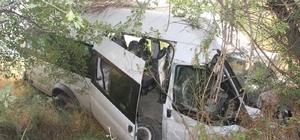 Kaçak Afganlıları taşırken kaza yapan sürücüye 38 bin TL ceza
