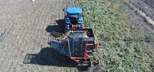 Elazığ'ın bu yıl yeterli yağış almaması pancarda üretimi azalttı Geçtiğimiz yıl 180 bin ton şeker pancarı hasadı yapılan kentte bu yıl rekoltenin 155 bin ton olması bekleniyor