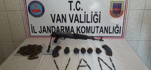 Van'ı kana bulayacaklardı Van'da terör operasyonu: Mühimmat ele geçirildi