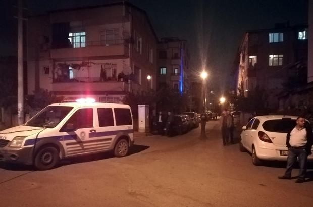 Çocukluk arkadaşını sokak ortasında silahla öldürdü Göğsüne iki kurşun isabet eden 29 yaşındaki genç kurtarılamadı