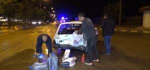 Kavşakta 2 otomobil çarpıştı: 3 yaralı