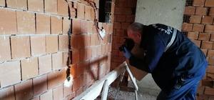 İnşaat halindeki binanın elektrik kabloları çalındı