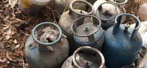 Hizan'da sığınak ve EYP malzemesi bulundu Malzemeler arasında tavla ve satranç takımının bulunması dikkat çekti