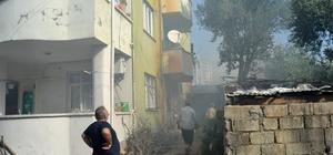 Kadınların ekmek yaptığı ardiyede yangın çıktı Yangında 3 kadın dumandan etkilendi
