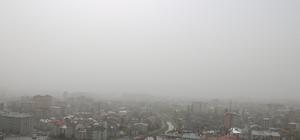 Sivas'ı toz bulutu esir aldı