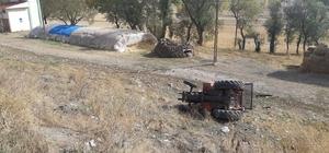 Pasinler'de traktör şarampole uçtu: 3 yaralı