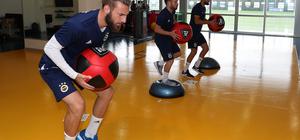 Fenerbahçe'de Demir Grup Sivasspor maçı hazırlıkları