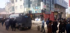 Ağrı'da silahlı kavga: 2 ölü, 2 yaralı İki grup arasında ki silahlı kavga güvenlik kameralarına yansıdı