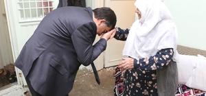 Fadıloğlu'nun ziyareti 85 yaşındaki Hayriye Güzelcecan'ı sevindirdi Fadıloğlu yaşlıların hayır duasını alıyor