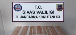 Kalpazanlar hayvan pazarlarına dadandı Sahte para ile büyükbaş hayvan satın almak isteyen kalpazanlar Sivas'ta yakayı ele verdi