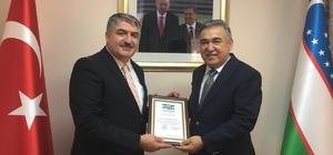 Akademisyenlerden Buhara çıkarması 3. Uluslararası Sosyal Bilimler Kongresi Özbekistan'da yapılacak Kongrenin onur konuşmacı dünyaca ünlü Nobel ödüllü Türk bilim adamı Prof. Dr. Aziz Sancar olacak