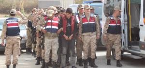 Sınırda insan kaçaklığı operasyonu: 105 gözaltı Hatay sınırında yakalanan Suriye uyruklu 92 kaçak ile 13 organizatör adliyeye sevk edildi