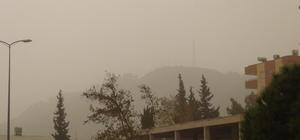 Toz bulutu İslahiye'de de hayat felç etti